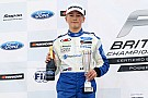 Formula 4 Billy Monger regresó a su casa a tres semanas del accidente
