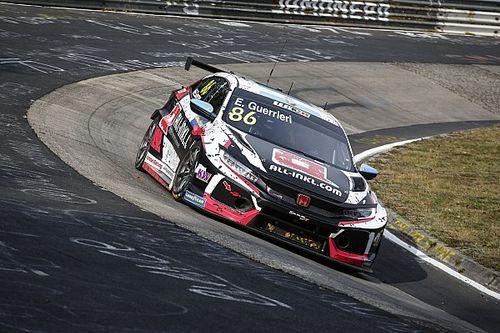 Пилот Honda выиграл первую гонку WTCR на «Нюрбургринге»