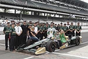 IndyCar Breaking news Carpenter: Dixon's lap speeds took the pressure off