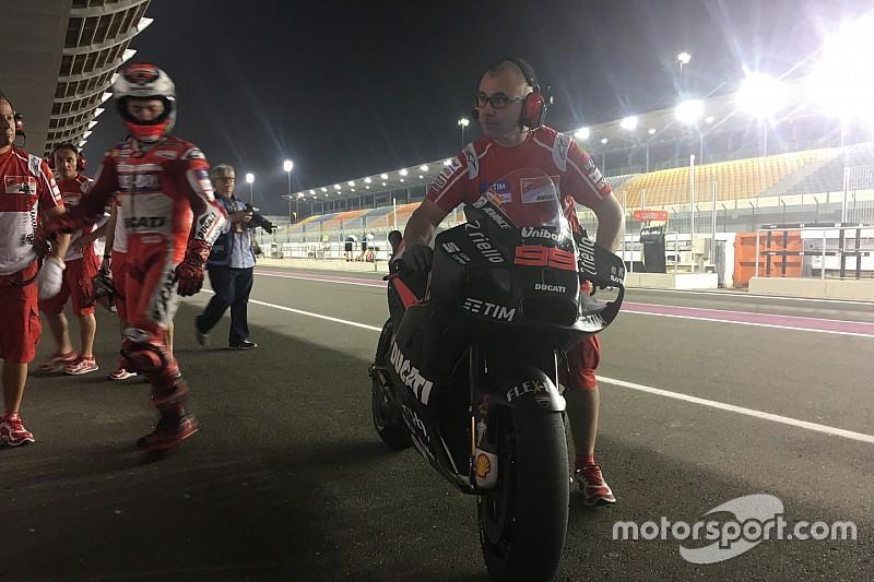 Lorenzo prueba el 'hammerhead' en su Ducati