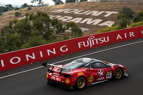 Endurance Bathurst 12 Hour: Ferrari out front as early leaders ruled out