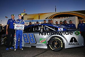 NASCAR Cup Qualifying report Alex Bowman earns his first NASCAR Sprint Cup pole at Phoenix