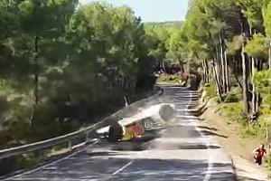 WRC Feature Video: Überschlag von Andreas Mikkelsen bei der Rallye Spanien