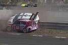 WTCR Michelisz fa volare Muller sulle barriere a Zandvoort!
