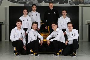 Formule 1 Actualités Renault veut placer ses jeunes dans ses équipes clientes
