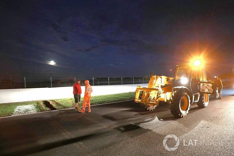 MotoGP: la Direzione Gara ha deciso di intervenire sull'asfalto per renderlo meno pericoloso e far disputare le gare