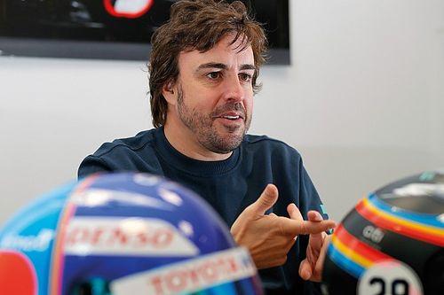 """Verstappen: """"Mooi om Alonso terug te zien, hij is nog op niveau"""""""