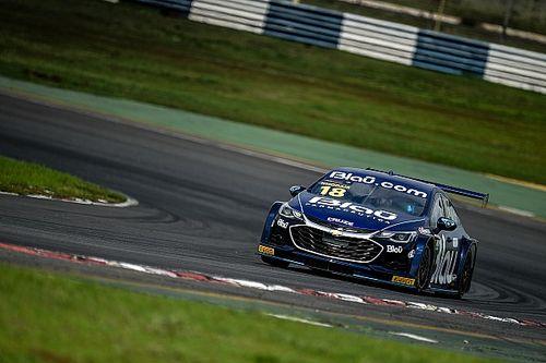 Stock Car: Khodair sai de 24º, aproveita pane seca de Barrichello no final e vence corrida 2 em Goiânia