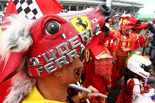 После аварии Леклера и Феттеля на Ferrari сошла лавина мемов. В них есть даже вишневая «девятка»!
