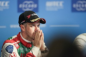 WTCC Ultime notizie Tiago Monteiro in ospedale dopo un brutto incidente a Barcellona