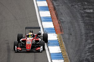 EK Formule 3 Raceverslag F3 Hockenheim: Ilott domineert in tweede race