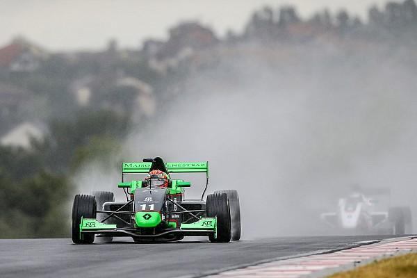 Formula Renault Eurocup Nurburgring: Fenestraz menangi Race 2, Presley ke-25