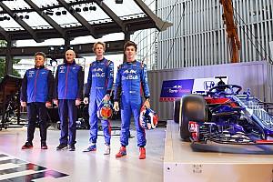 Формула 1 Важливі новини Команда Toro Rosso приїхала на день Honda у Токіо