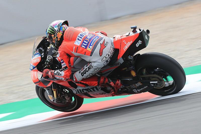 Fotogallery: la prima pole di Lorenzo in Ducati nel GP di Catalogna di MotoGP