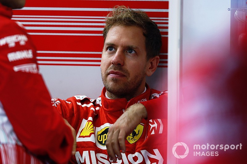 Vettel: Fiscalização da regra da bandeira vermelha está errada