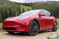 12 Mobil Listrik Tercepat di Dunia