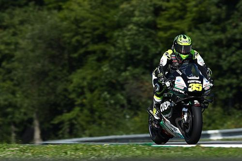 "Crutchlow explains why yellow flag MotoGP rule is ""risky"""