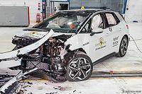 Videón a Volkswagen ID.3 ötcsillagos töréstesztje
