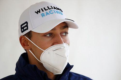 """F1 - Russell pede desculpas a Bottas após acidente em Ímola: """"Não foi o meu dia de maior orgulho"""""""