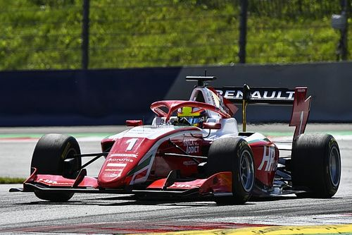 Red Bull Ring F3: Piastri wins after first-corner drama