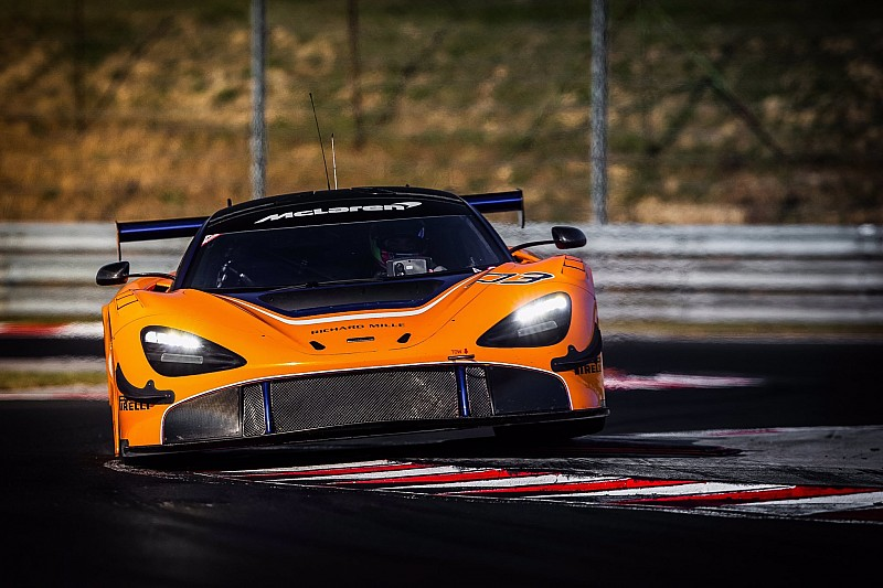 Tampilan mobil GT3 terbaru McLaren