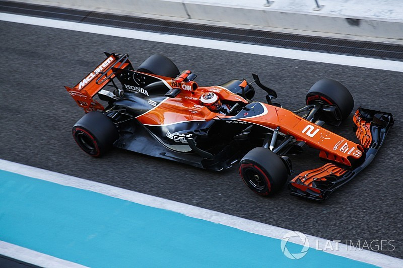 "McLaren le dará un coche a Alonso que pueda ""exprimir"""