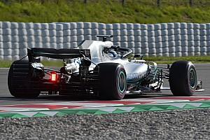 Forma-1 Motorsport.com hírek Nyitott motorborítást tesztelt a Mercedes Barcelonában