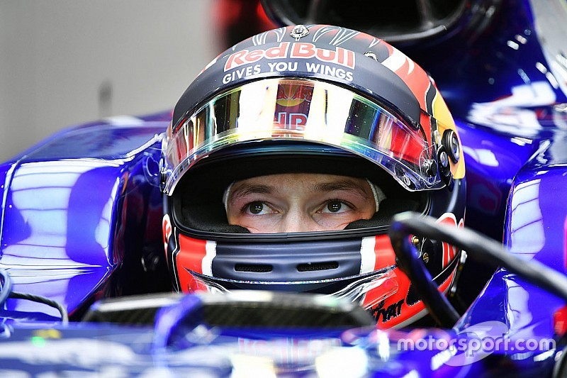 Kvyat moving closer to 2019 Toro Rosso F1 seat