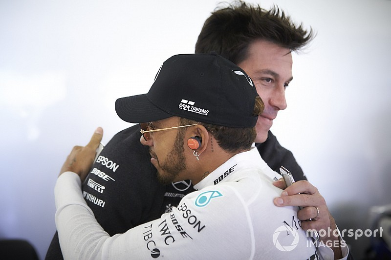 Mercedes, Hamilton'la