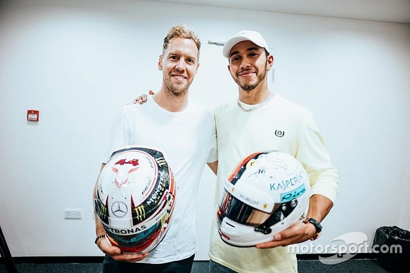 Sebastian Vettel und Lewis Hamilton: Helmtausch der Stars!
