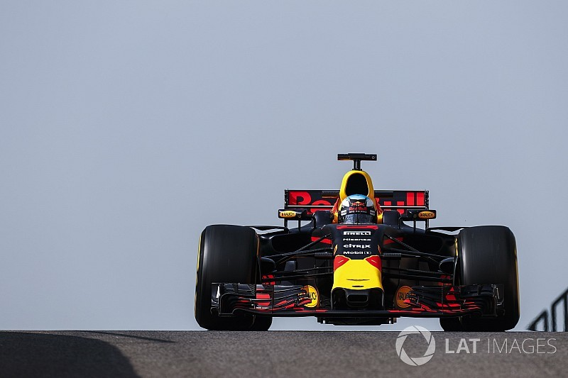 "Ricciardo needs to be less ""sensitive"" to set-up flaws"