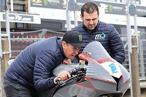 Road racing Ultime notizie TT 2018: John McGuinness correrà per il rivale Michael Dunlop