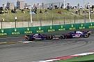 GALERIA: as mais polêmicas batidas entre companheiros na F1