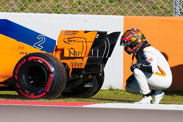 Формула 1 Аналитика Статистика: сколько моторов использовали команды Ф1 на тестах