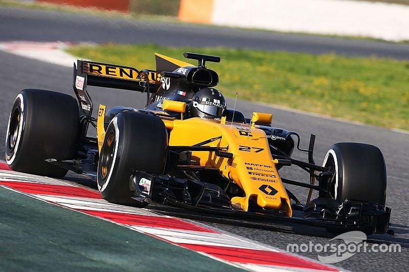 FIA заставила Renault изменить заднее крыло