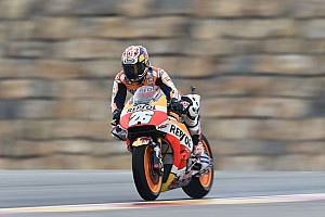 Pedrosa topt halfnatte tweede training GP Aragon, P20 Rossi