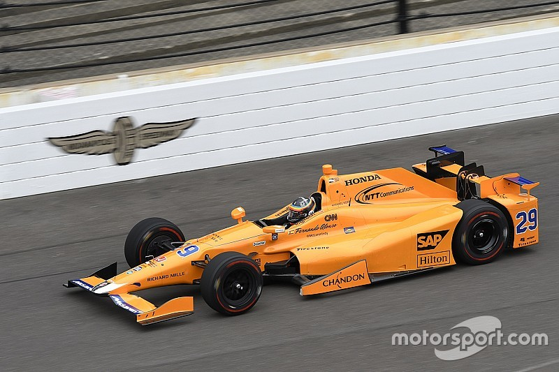 Alonso, el mejor de los novatos en el test previo a Indy 500