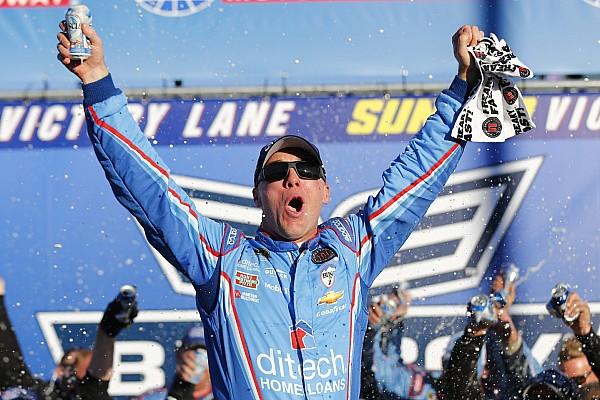 NASCAR Sprint Cup Harvick  vence en Loudon y sigue en el Chase