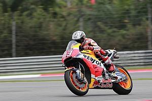 MotoGP News Marc Marquez: Warum er trotz Startplatz sieben in Sepang lächeln kann