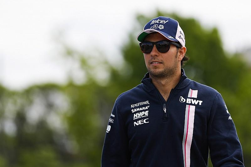 Sergio Pérez lamenta no tener el nuevo motor Mercedes
