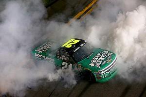 NASCAR Truck Rennbericht Johnny Sauter gewinnt dramatischen Truck-Saisonauftakt in Daytona