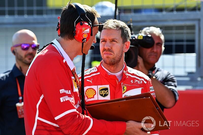 """""""Ein Witz"""": Vettel vor verpasster Hymne auf der Toilette aufgehalten"""