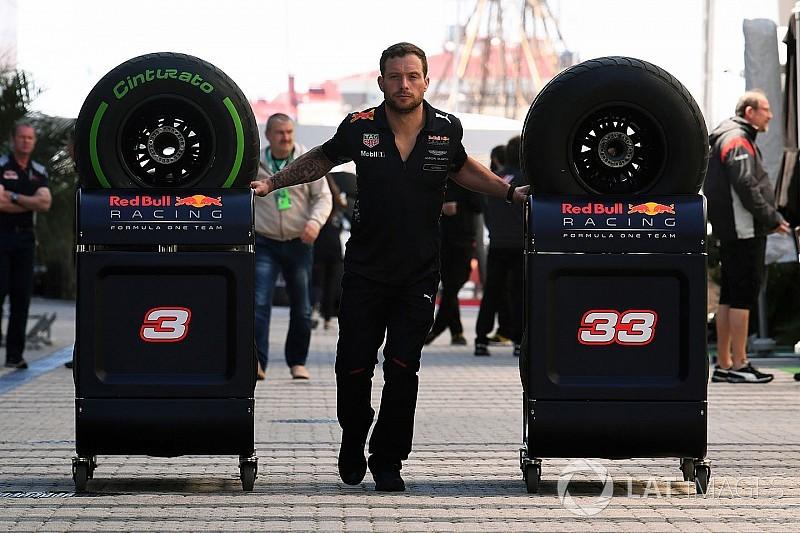 Болельщики попросили вернуть в Ф1 «шинные войны», но Pirelli против