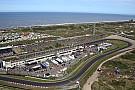 Algemeen Drukte op toegangswegen Circuit Zandvoort voor Max Verstappen