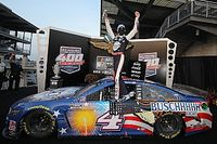 Nascar Cup Brickyard 400: Galibiyet Harvick'in oldu