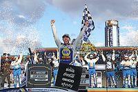 Chase Elliott gana en Phoenix el título 2020 de NASCAR Cup