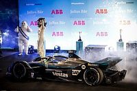 Diriyah E-Prix: De Vries'in dominasyonu galibiyet ile devam etti!