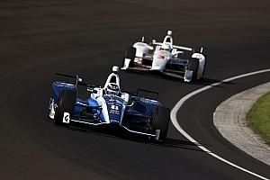IndyCar Репортаж з практики Інді-500: Чілтон виграв тренування, Алонсо став 12-м