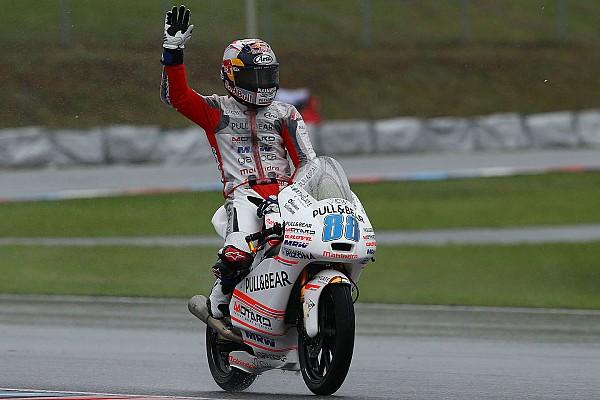 Martin gembira naik podium di Moto3 Brno
