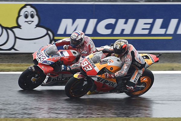 Marquez sorry for reaching